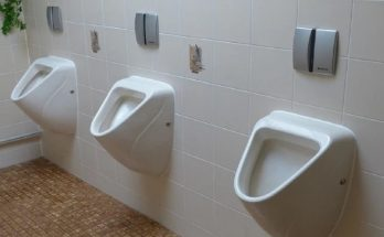 The peculiar policy of the Chinese company, will be fined for going to the toilet more than once