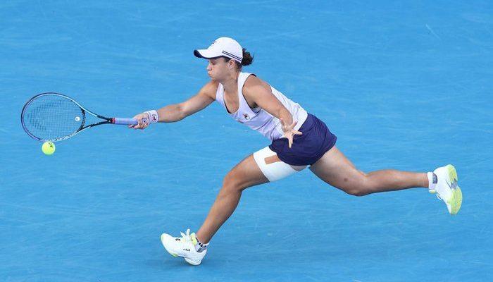Karolina Muchova outlasts No. 1 Ash Barty to reach Australian Open semifinals