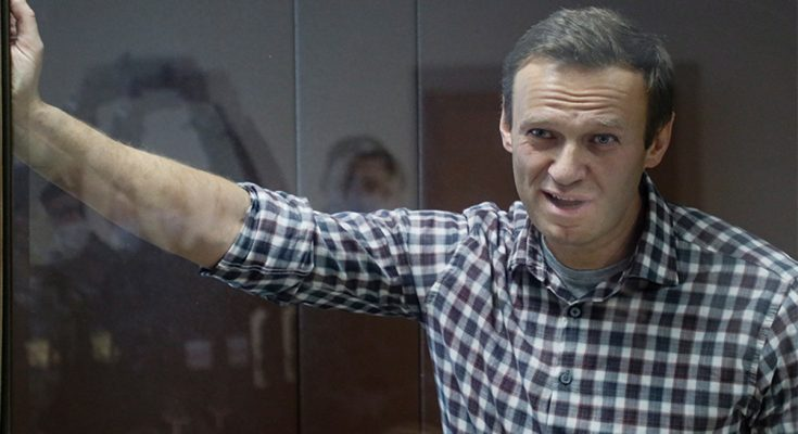 Kremlin critic Alexei Navalny back in court for appeal