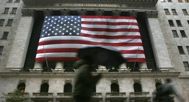 Stock futures open flat after choppy session