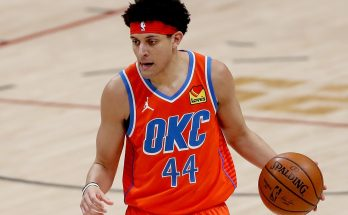 Thunder forced to change jerseys at halftime after ugly uniform clash with Hawks