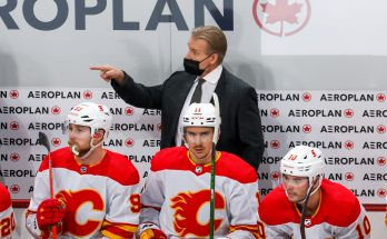 Flames fire head coach after blowout win, re-hire Darryl Sutter
